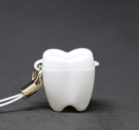 ZĄBEK - ząbki na mleczaki ze sznureczkiem - biały